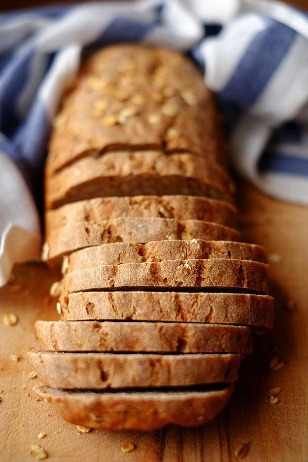 Pane di segale con fiocchi d'avena e semi di girasole 2