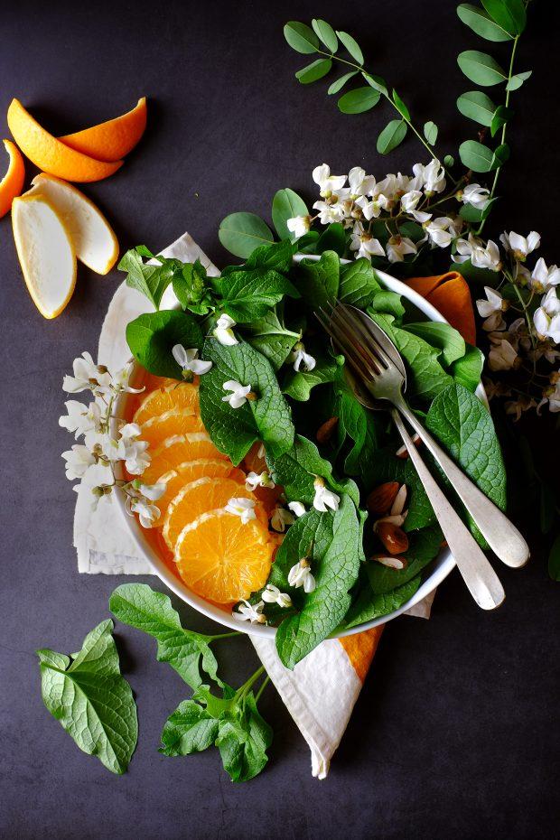 Insalata di spinacio selvatico Buon Enrico, arance e fiori d'acacia 1