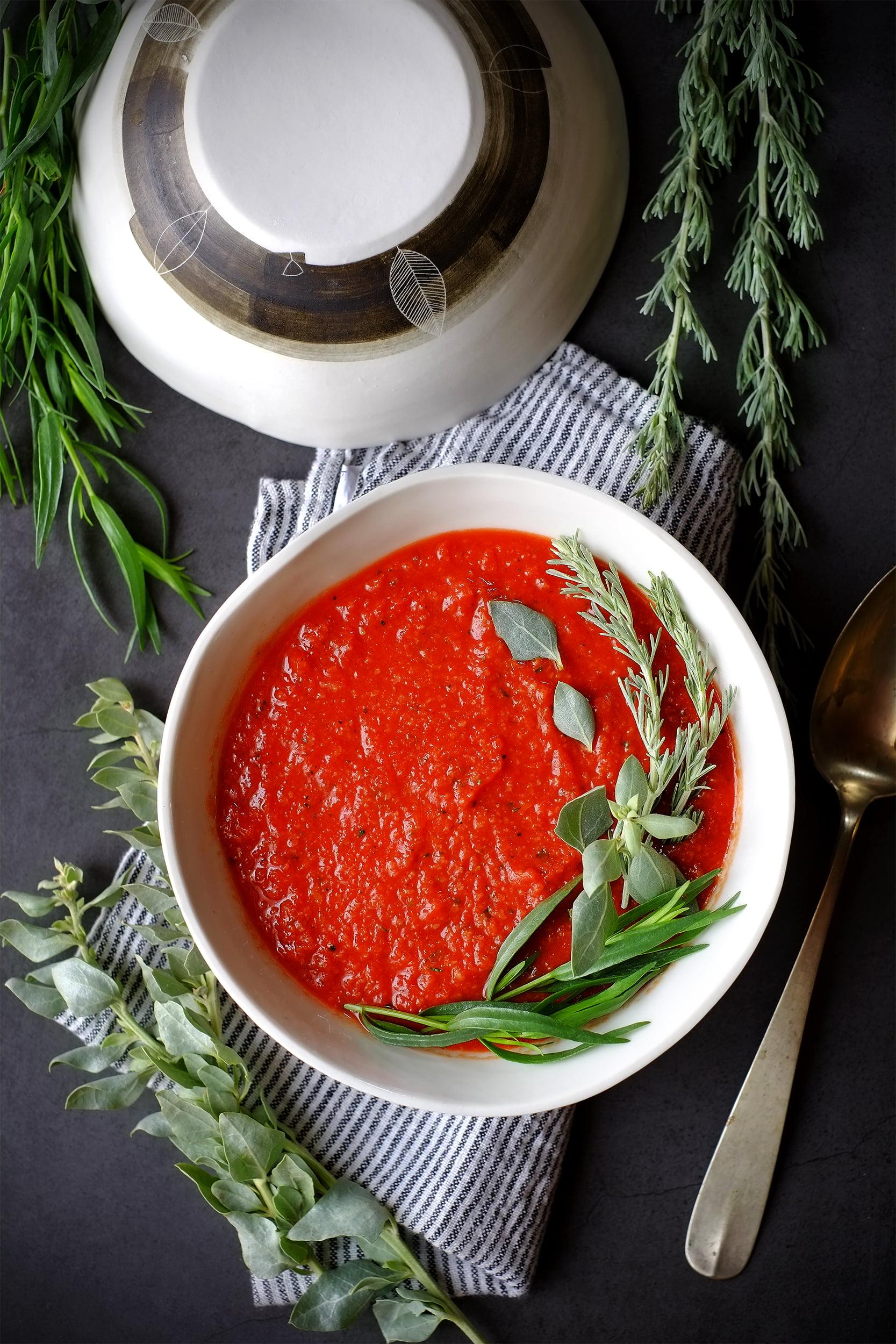 Gazpacho alle due artemisie, con erba sale 1